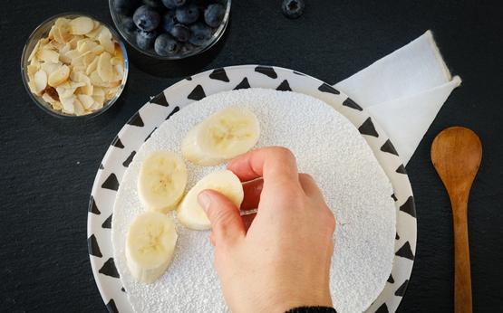 receita de tapioca recheada com fruta e chocolate