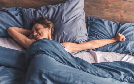 Estes 9 produtos vão ajudá-la a dormir (muito) melhor