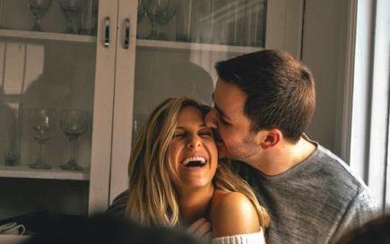 Mulheres e homens: As formas de pedir desculpa que cada um utiliza