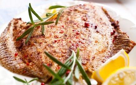 A receita de peixe assado no forno com alecrim que vai adorar!