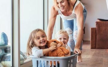 Sugestões de jogos para fazer com as crianças em casa, no carro ou no restaurante