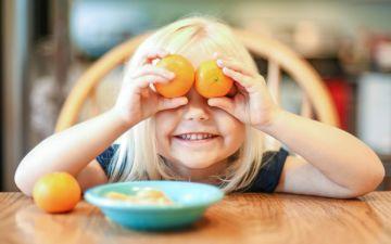 As crianças não vão parar de ler (nem às refeições!)