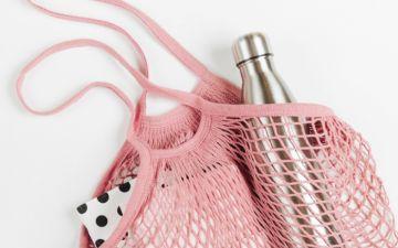 Garrafas de água reutilizáveis para estar sempre hidratada (e ser amiga do ambiente)
