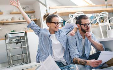5 perguntas sobre como gerir finanças a dois respondidas por uma especialista
