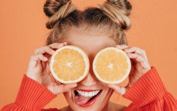 Contorno de olhos: como cuidar de uma das primeiras zonas do rosto a envelhecer