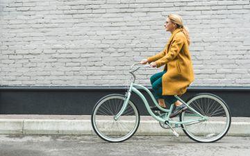 Caminhar ou pedalar até ao trabalho reduz o risco de ataque cardíaco, conclui estudo