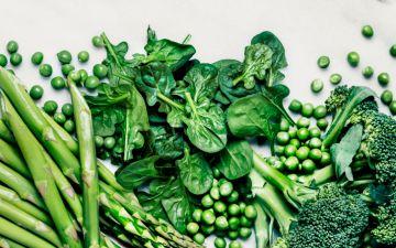 Frente a frente: devemos comer os vegetais crus ou cozinhados?