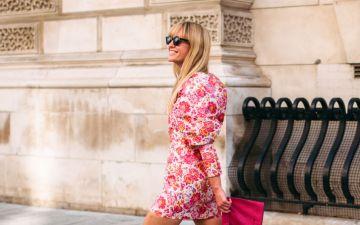 13 vestidos florais para receber o sol de primavera