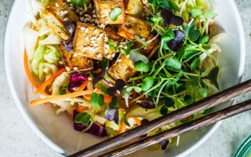 Esta receita com tofu é ideal para os dias quentes