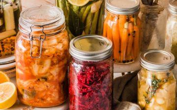 Pickles: como fazer em casa esta conserva de vegetais cheia de sabor