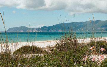 15 praias grandes para manter o distanciamento social