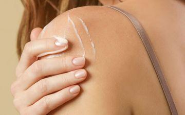 Dermatite atópica: como resolver este problema de pele de adultos e crianças