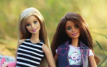 Barbie: o símbolo feminista que rompeu preconceitos e deu voz às mulheres