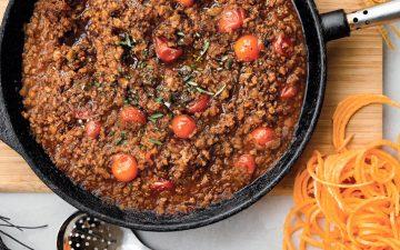 Sirva este esparguete à bolonhesa, versão vegetariana