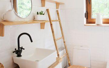 Como aproveitar o espaço de casas de banho pequenas em 7 passos