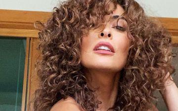 4 passos para um cabelo encaracolado natural com textura