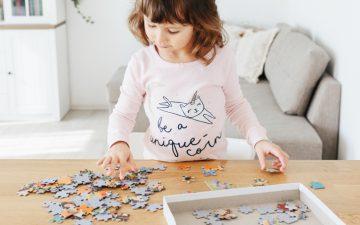 7 benefícios dos puzzles para o desenvolvimento infantil, segundo uma especialista