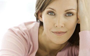 Aprenda a cuidar da pele e abraçar os sinais de envelhecimento