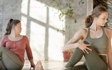 Crónica. A importância de alongar o corpo: yoga vs. alongamentos