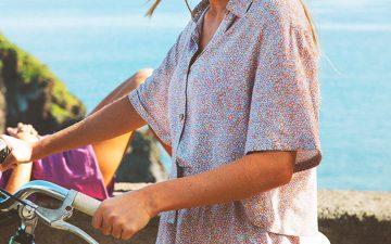 Roupa de praia: o que usar este verão? Camisas abertas, cafetãs e saias