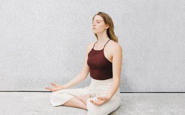 Crónica. Yoga como medida preventiva contra o burnout
