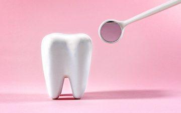 Erosão dentária: conheça os sinais de alerta, as causas e a importância do tratamento